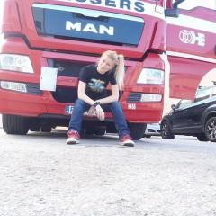 Iwona Blecharczyk Trucking Girl