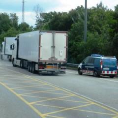 Controlli-polizia-spagnola-sui-camion